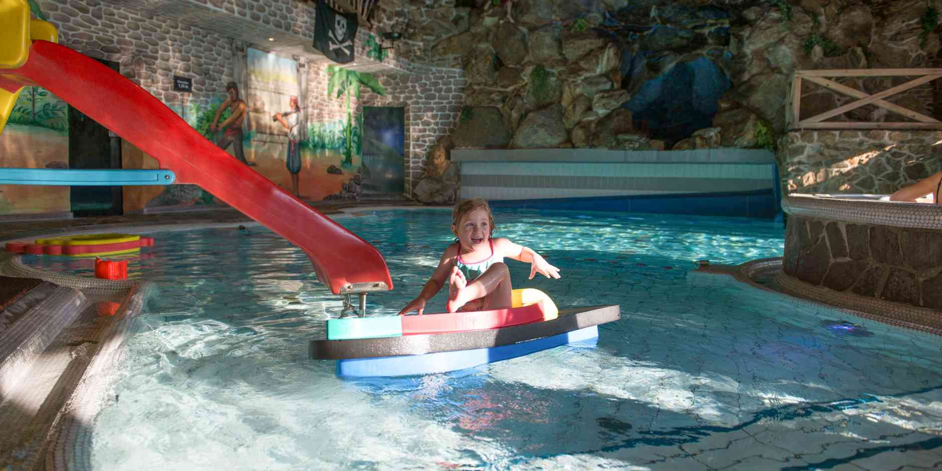 Kinderpool in der Piratenwelt